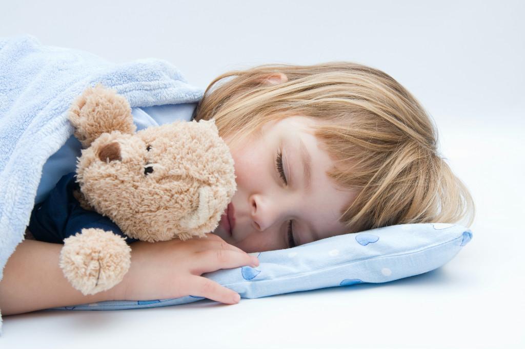 Ребенок плохо вечером засыпает