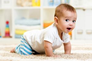 Мальчик в семь месяцев