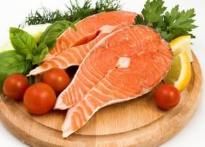 Красная рыба в период грудного вскармливания