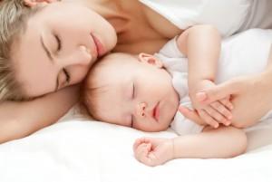 Что делать, если малышу не хватает грудного молока